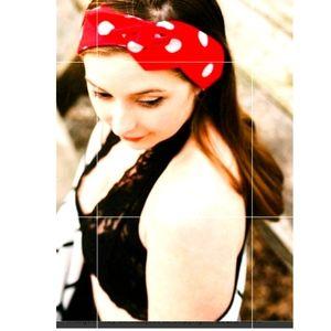Cute 1950s style red/white Polk dot headband BNWT!